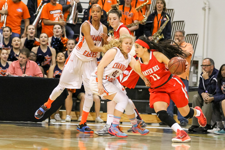 Mater Dei Guard Andee Velasco make a move on the wing. All Photos by Jevone Moore