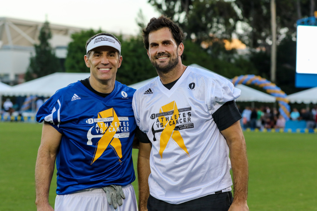 Super Bowl Champion Kurt Warner (Blue) and Matt Leinart (White). Photo by Jevone Moore