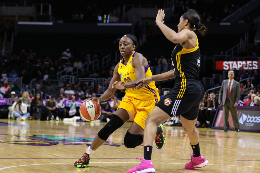 Nneka Ogwumike on a drive finished 26 points. Photo by Jevone Moore