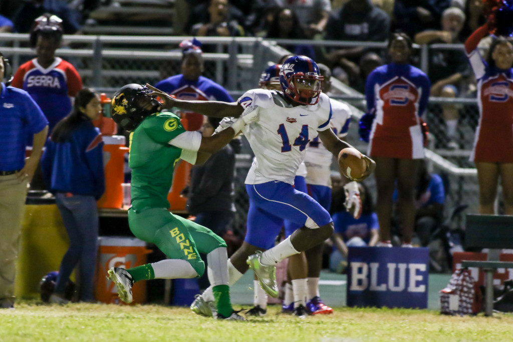 Serra Cavalier Khalil Tate made his way to Endzone 6 times. Photo by Jevone Moore