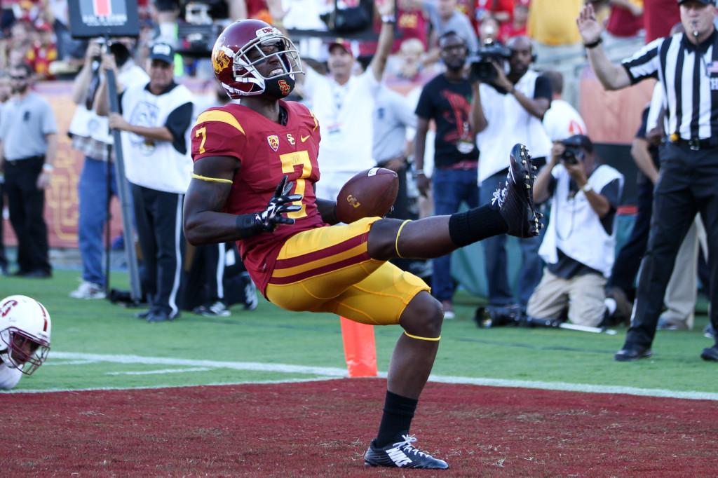 USC Steven Mitchell Jr. Celebrating a Touchdown. Photo by Jordon Kelly