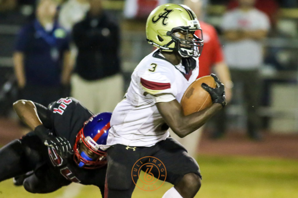 Oct 30, 2015 Alemany Jarrin Pierce (3) running after a catch on Serra during a game played at Serra High in Gardena, Ca. (Photo by Jevone Moore/Full Image 360)