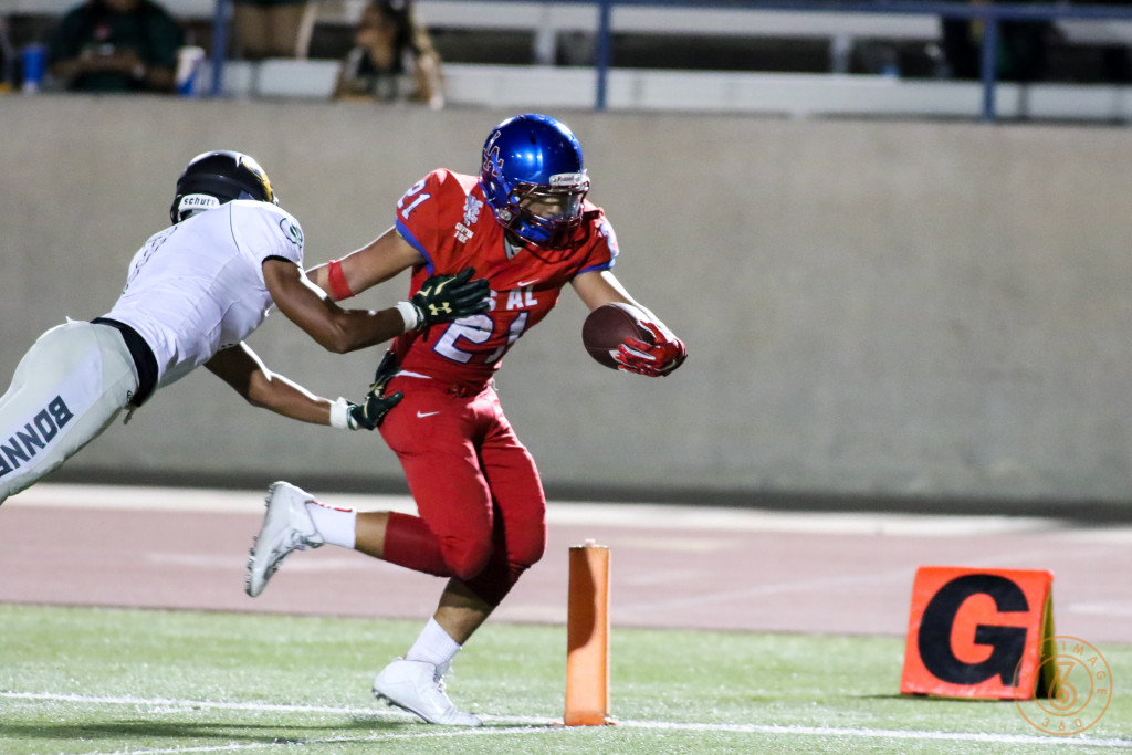 Los Al A.J. Gonzalez crossing the Goal line. Photo by Jevone Moore