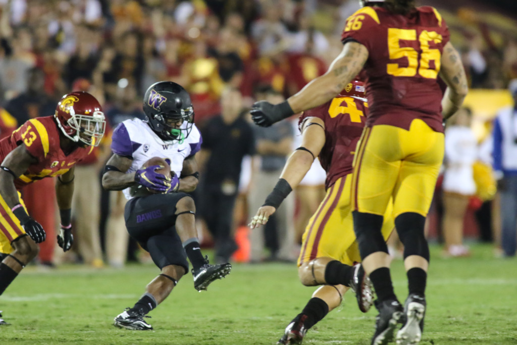 08 Oct. 2015: Washington Huskies receiver (1) Jaydon Mickenson slant route catch just behind USC Trojans linebackers during a game played at the Los Angeles Memorial Coliseum. (Photo By Jevone Moore/Full Image 360)