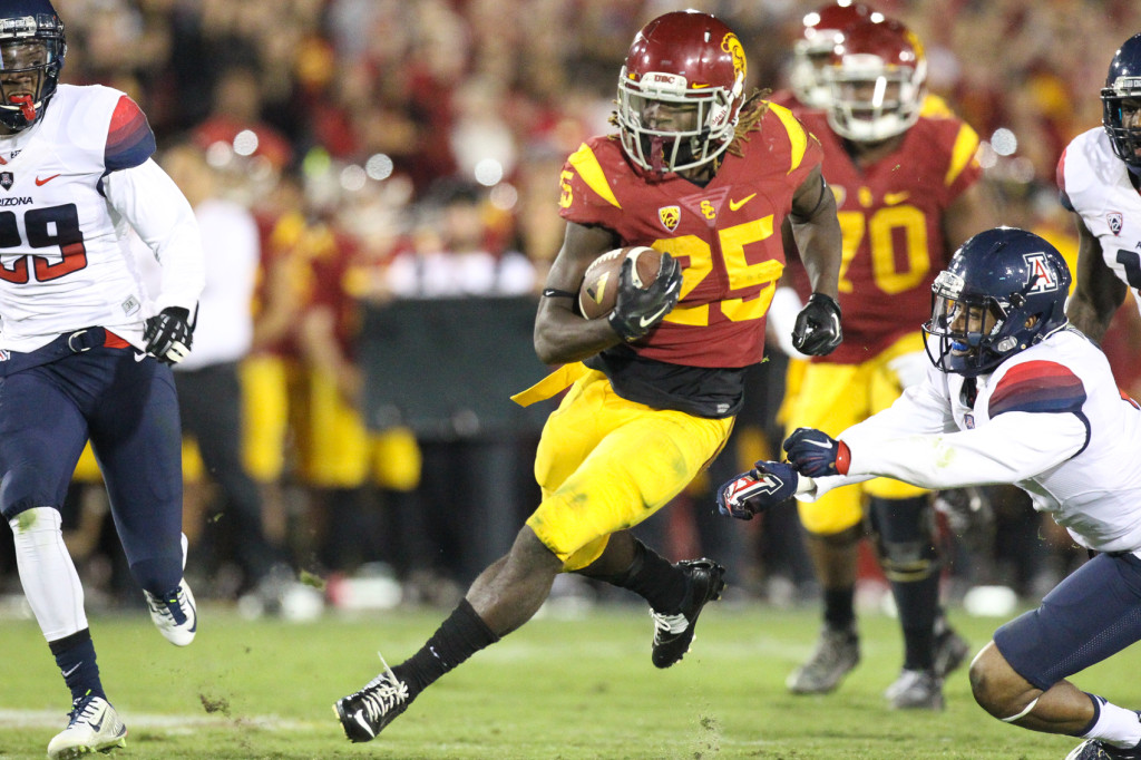 Nov 7 : USC Trojans running back Ronald Jones II breaking free during USC vs Arizona game at the Los Angeles Memorial Coliseum. (Photo by Jordon Kelly/Full Image 360)