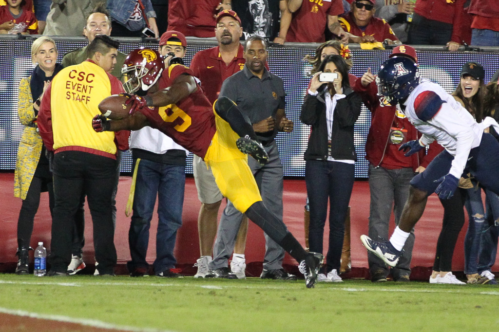 Nov 7 : USC Trojans receiver JuJu Smith-Schuster diving for more yards during USC vs Arizona game at the Los Angeles Memorial Coliseum. (Photo by Jordon Kelly/Full Image 360)