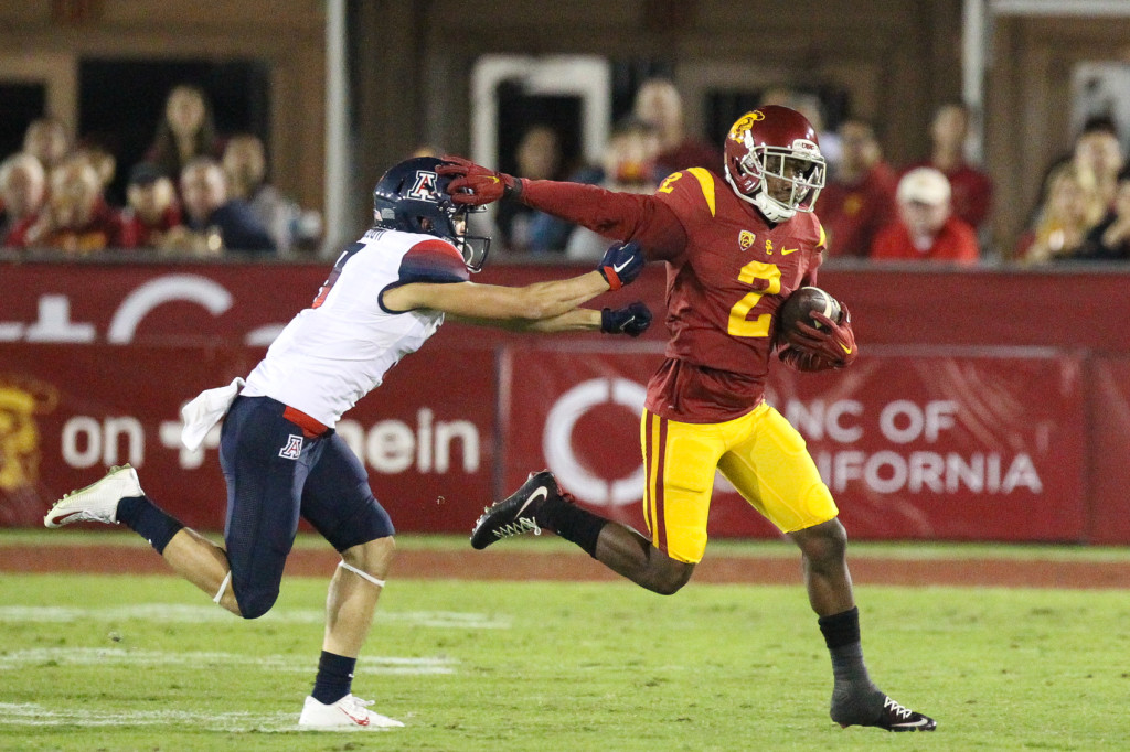 Nov 7 : USC Trojans triple treat Adoree Jackson find the edge during USC vs Arizona game at the Los Angeles Memorial Coliseum. (Photo by Jordon Kelly/Full Image 360)