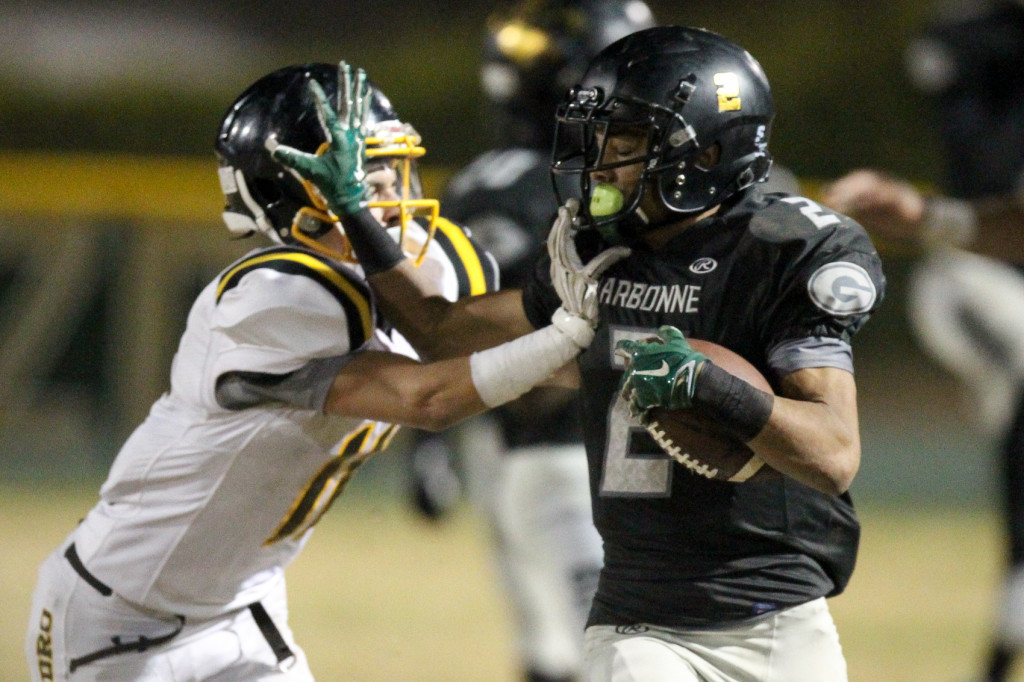 Nov 20 : Narbonne Sean Riley (2) breaking free during this quarterfinals of CIFLACS Playoffs with San Pedro vs Narbonne at Narbonne High School Ca (Photo by Jordon Kelly/Jordon Kelly Photography )