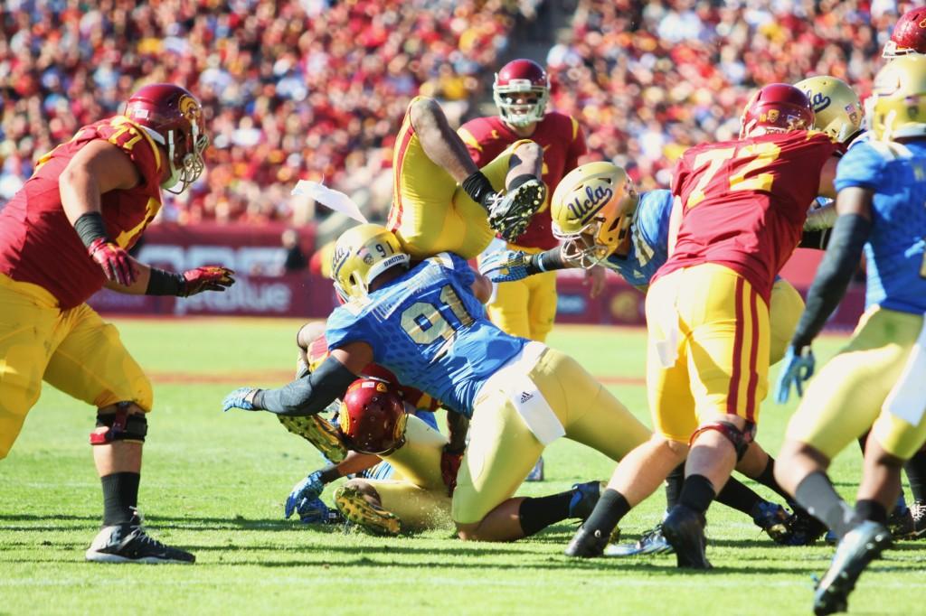 UCLA vs. USC ftb. 2015 430