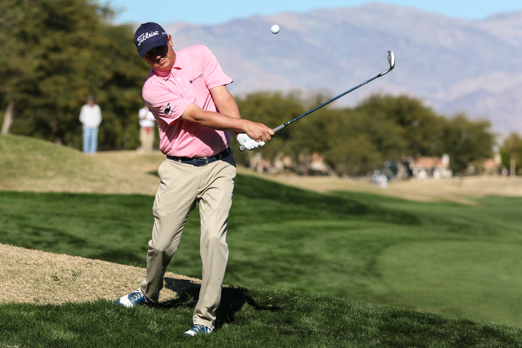 Jason Dufner chipping in the Final Round action of PGA Golf during the CareerBuilder Challenge at PGA West TPC Stadium Course in La Quinta, CA. (Photo by Jevone Moore/Full Image 360)