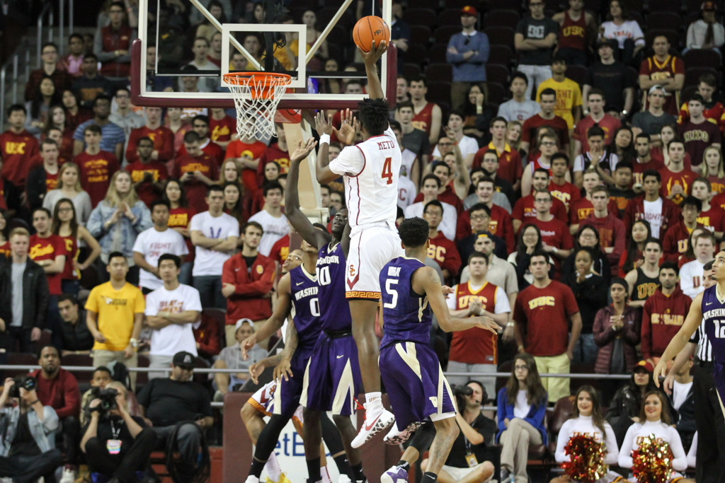 USC Trojans forward Chimezie Metu (4) on soft floater during the college basketball game between the Washington Huskies and the USC Trojans at Galen Center in Los Angeles, CA. (Photo by Jevone Moore/Full Image 360)