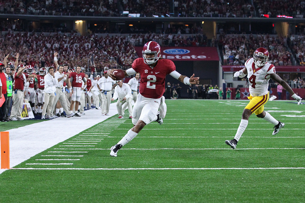 Bama quarterback Jalen Hurts walking in for a touchdown during the Advocare Classic USC vs Alabama on Sept 3rd, 2016 at AT&T Stadium in Arlington, TX. (Photo by Jordon Kelly / fi360 News)