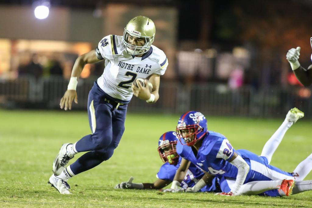 High School Football Notre Dame vs Serra game action on October 7, 2016. (Photo by Jevone Moore/Full Image 360)