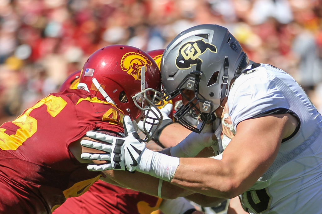 Colorado Buffalos vs USC Trojans at Los Angeles Memorial Coliseum on October 8, 2016. (Photo by Jevone Moore/Full Image 360)
