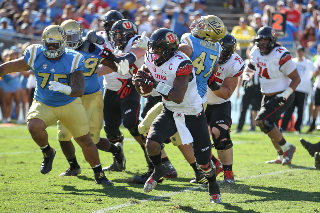UTAH Utes vs UCLA Bruins at Rose Bowl on October 22, 2016. (Photo by Jevone Moore/Full Image 360)