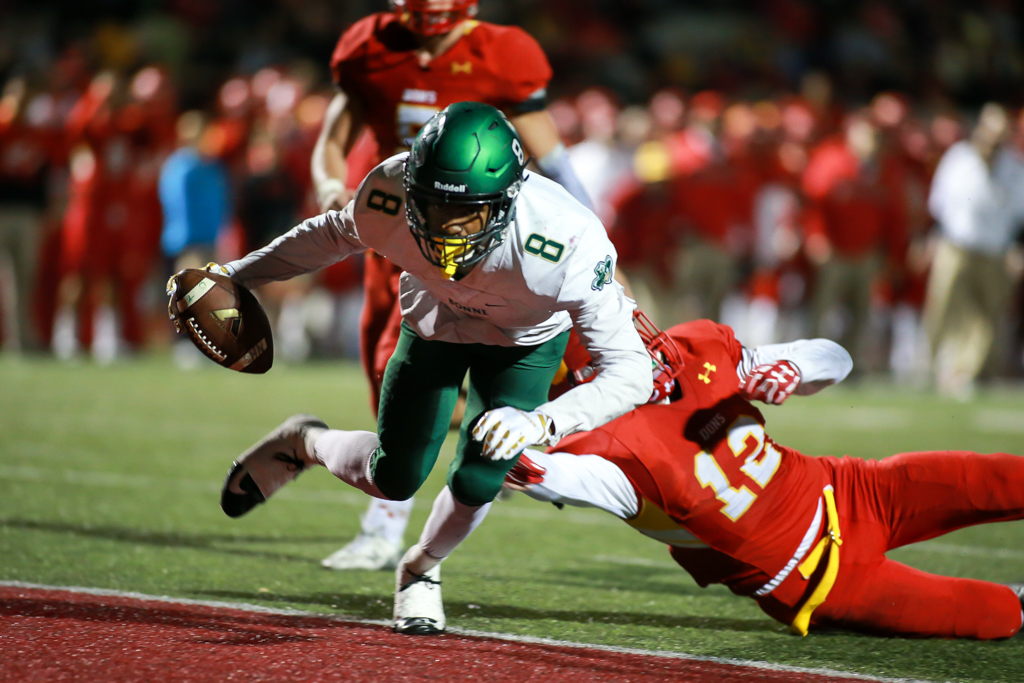Narbonne Jalen Chatman's 14-yard touchdown pass to Tyronne Marshall CIF State Division 1AA Regional High School Football Narbonne Gauchos vs Cathedral Catholic Dons game action at Manchester Stadium on December 9, 2016 (Photo by Jevone Moore/Full Image 360)