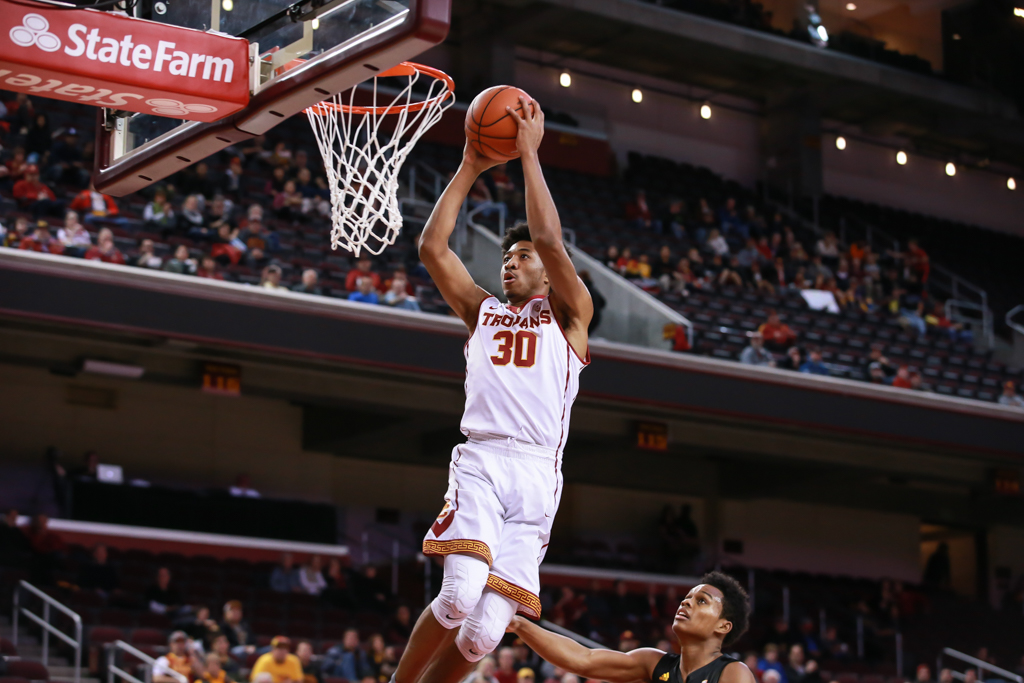 USC Trojans guard Elijah Stewart (30) on way to a dunk in the first half of the game between the ASU Sun Devils vs USC Trojans at Galen Center in Los Angeles, CA. (Photo by Jevone Moore/Full Image 360)